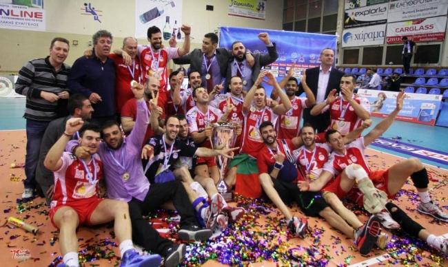 Πρωταθλητής ο Ολυμπιακός, 3-0 τον Εθνικό στην Αλεξανδρούπολη